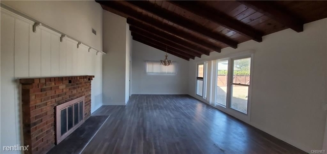 3 Bedrooms, Van Nuys Rental in Los Angeles, CA for $3,700 - Photo 2