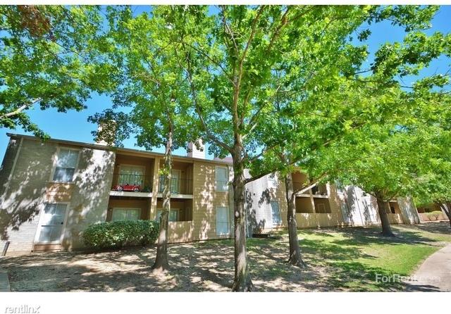 2 Bedrooms, Redbird Rental in Dallas for $754 - Photo 2