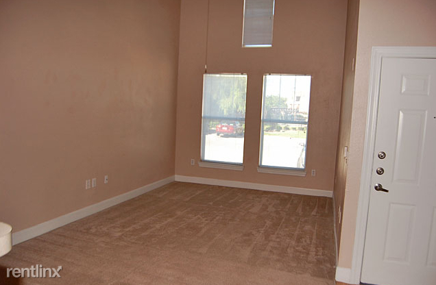 1 Bedroom, City View Rental in Dallas for $795 - Photo 2