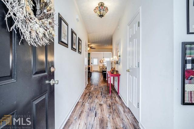 3 Bedrooms, Forsyth County Rental in Atlanta, GA for $1,500 - Photo 2