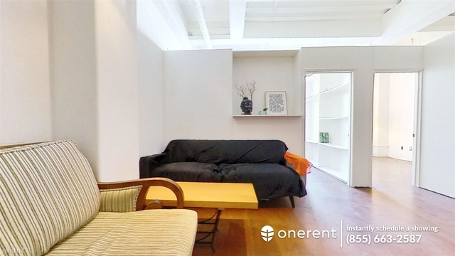 2 Bedrooms, Jewelry District Rental in Los Angeles, CA for $2,220 - Photo 1
