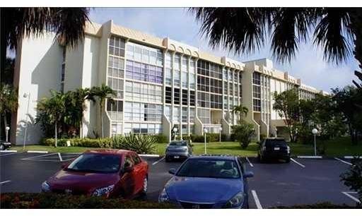 1 Bedroom, Hallandale Beach Rental in Miami, FL for $1,400 - Photo 1