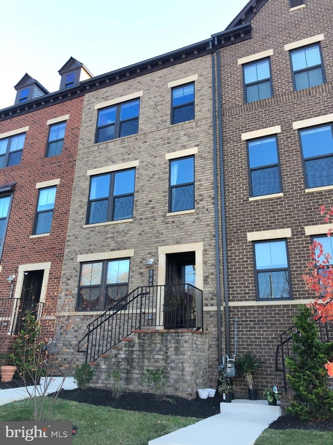 4 Bedrooms, Westover Village Rental in Washington, DC for $4,200 - Photo 1