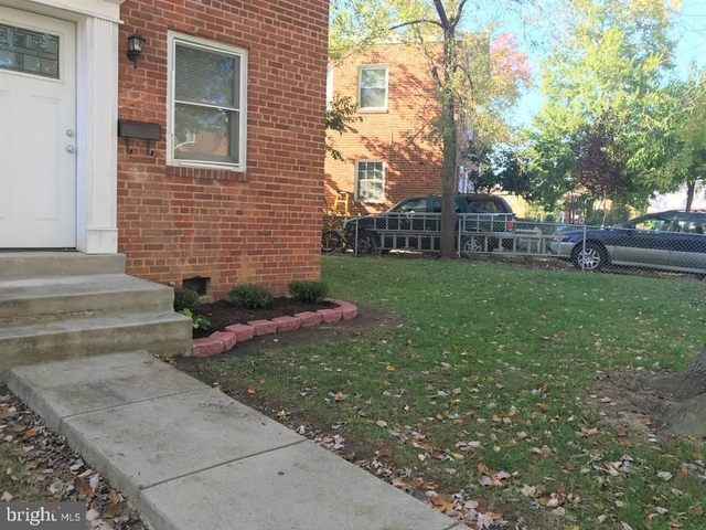 3 Bedrooms, Hime Springs Rental in Washington, DC for $2,595 - Photo 2
