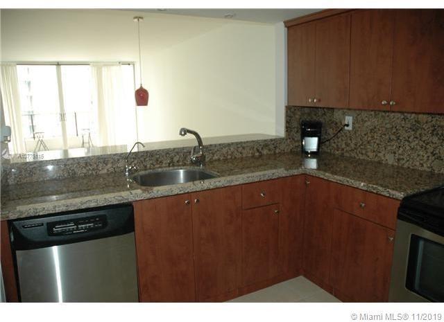 1 Bedroom, Plaza Venetia Rental in Miami, FL for $1,580 - Photo 2