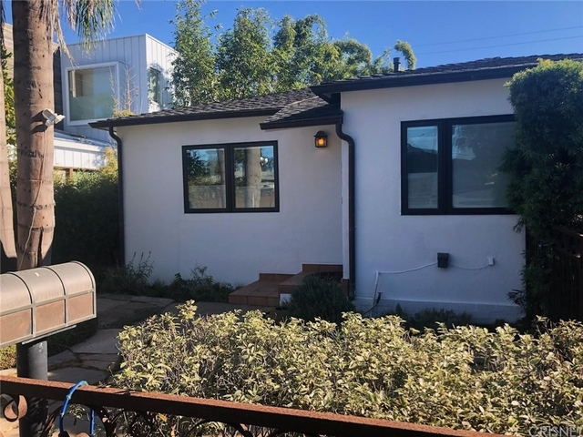 3 Bedrooms, Silver Triangle Rental in Los Angeles, CA for $5,995 - Photo 1