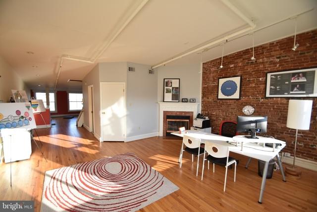 2 Bedrooms, Center City East Rental in Philadelphia, PA for $3,500 - Photo 2