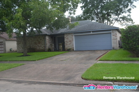 3 Bedrooms, Kirkmont Rental in Houston for $1,500 - Photo 2