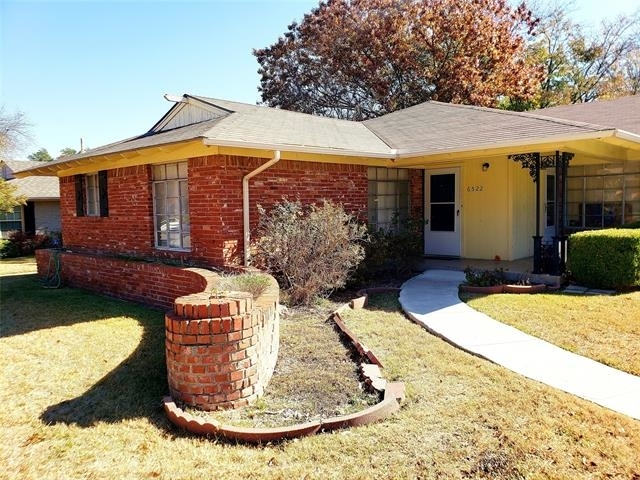 2 Bedrooms, Hillside Rental in Dallas for $1,395 - Photo 1