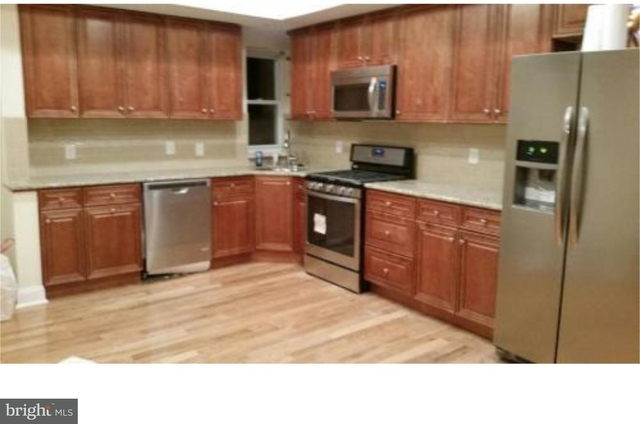 2 Bedrooms, South Philadelphia West Rental in Philadelphia, PA for $1,850 - Photo 2