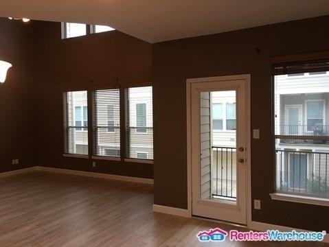 2 Bedrooms, Midtown Rental in Houston for $1,950 - Photo 2