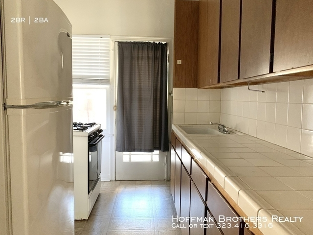 2 Bedrooms, Mid-City West Rental in Los Angeles, CA for $2,525 - Photo 2