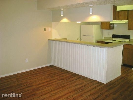 2 Bedrooms, Carol Oaks North Rental in Dallas for $1,033 - Photo 1