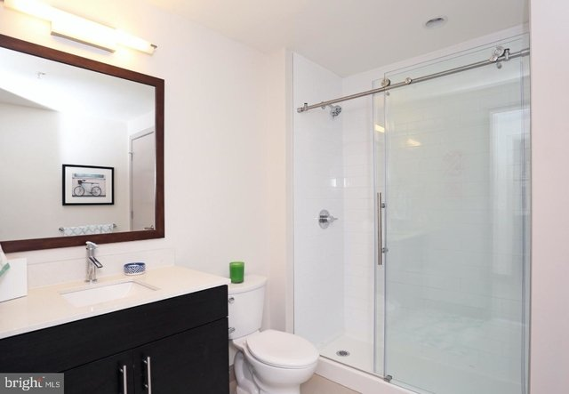 2 Bedrooms, Avenue of the Arts South Rental in Philadelphia, PA for $3,580 - Photo 2