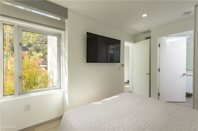 3 Bedrooms, Beverly Crest Rental in Los Angeles, CA for $19,500 - Photo 2