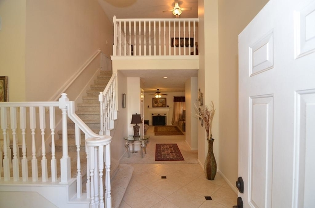 4 Bedrooms, High Meadows Rental in Houston for $1,800 - Photo 2