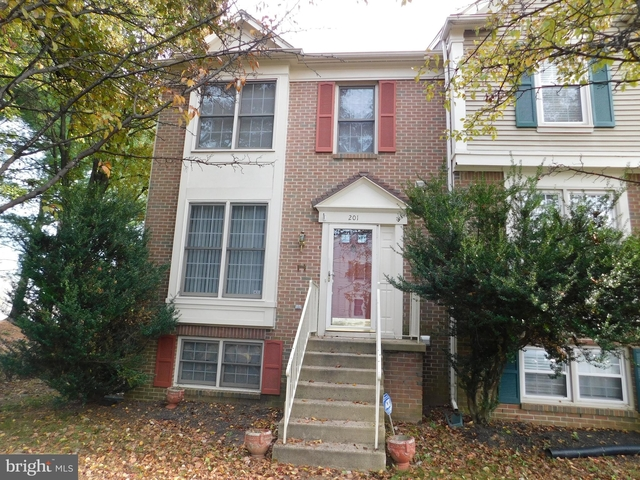 3 Bedrooms, England Run Townhouses Rental in Washington, DC for $1,450 - Photo 1