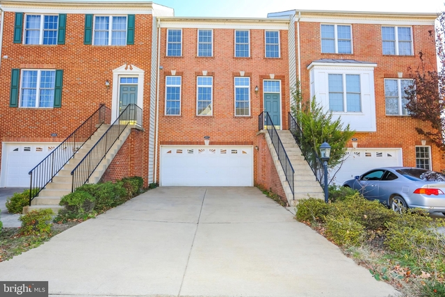 3 Bedrooms, Loudoun Valley Estates Rental in Washington, DC for $2,500 - Photo 1