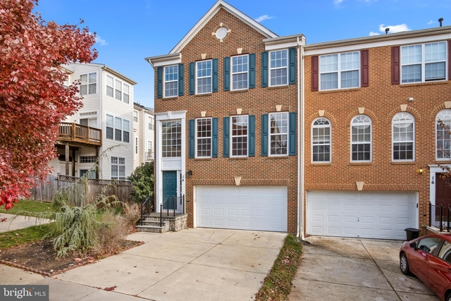 3 Bedrooms, Gaithersburg Rental in Washington, DC for $2,300 - Photo 1