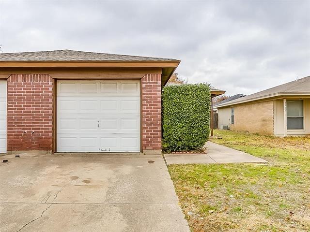 2 Bedrooms, Hulen Springs Meadow Rental in Dallas for $925 - Photo 1