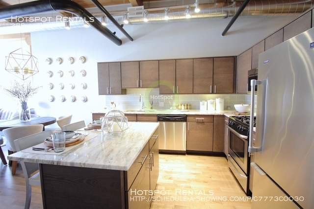 2 Bedrooms, Streeterville Rental in Chicago, IL for $4,925 - Photo 2