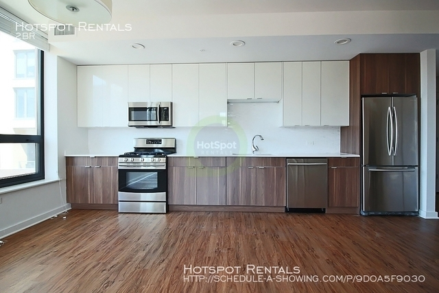 2 Bedrooms, River North Rental in Chicago, IL for $3,000 - Photo 2