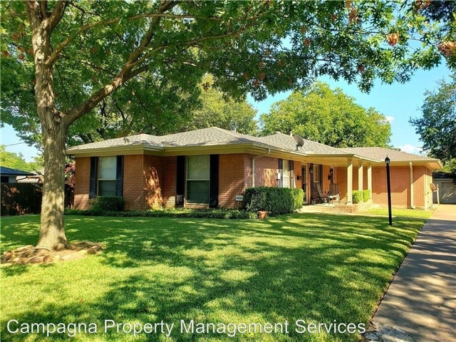 2 Bedrooms, Hillside Rental in Dallas for $1,595 - Photo 1