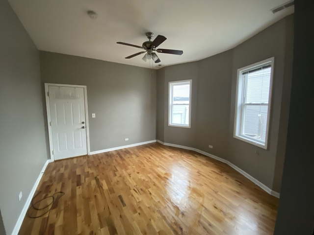 2 Bedrooms, Logan Square Rental in Chicago, IL for $1,250 - Photo 2