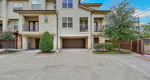 2 Bedrooms, Moore Acres Rental in Houston for $1,690 - Photo 2