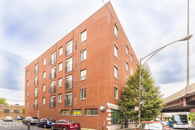 2 Bedrooms, Armour Square Rental in Chicago, IL for $1,250 - Photo 1