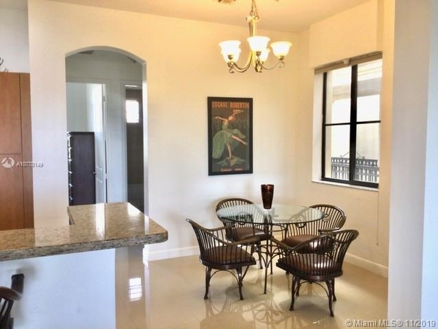 2 Bedrooms, Sawgrass Lakes Rental in Miami, FL for $2,300 - Photo 2