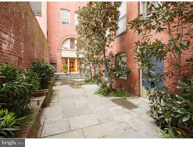 2 Bedrooms, Rittenhouse Square Rental in Philadelphia, PA for $2,350 - Photo 2