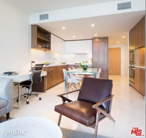 2 Bedrooms, South Park Rental in Los Angeles, CA for $4,500 - Photo 1