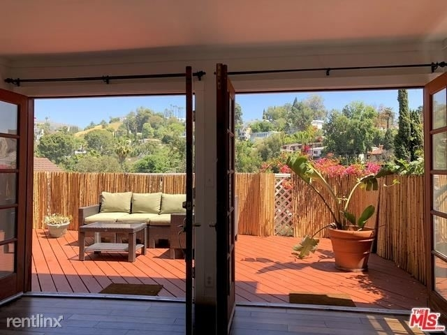 1 Bedroom, Hollywood Dell Rental in Los Angeles, CA for $2,995 - Photo 2