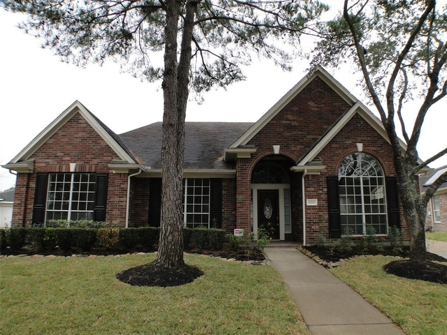 4 Bedrooms, Canyon Gate Cinco Ranch Rental in Houston for $1,800 - Photo 2