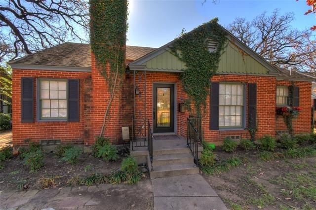 2 Bedrooms, Oakhurst Rental in Dallas for $1,500 - Photo 1