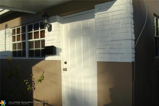 2 Bedrooms, Hallandale Beach Rental in Miami, FL for $1,150 - Photo 1
