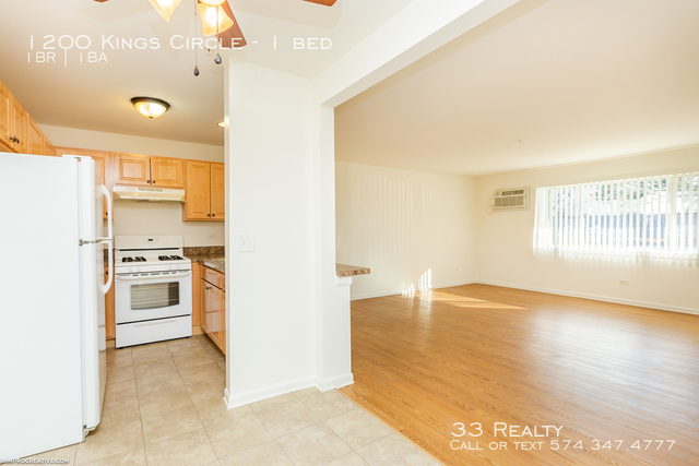 1 Bedroom, West Chicago Rental in Chicago, IL for $860 - Photo 2