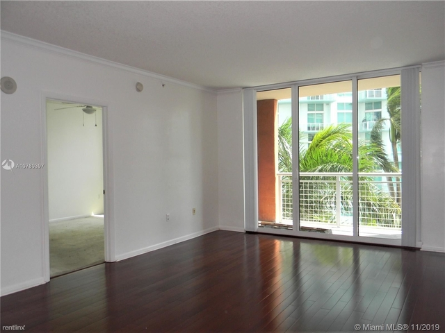 2 Bedrooms, Bayonne Bayside Rental in Miami, FL for $2,350 - Photo 2