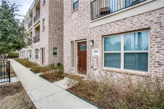 2 Bedrooms, Bryan Place Rental in Dallas for $3,000 - Photo 1
