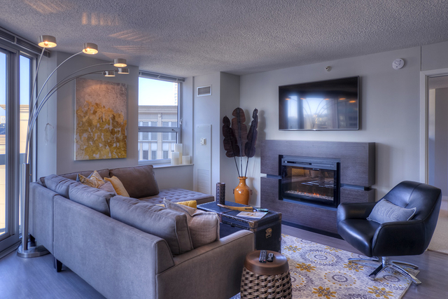 2 Bedrooms, Near North Side Rental in Chicago, IL for $3,445 - Photo 2
