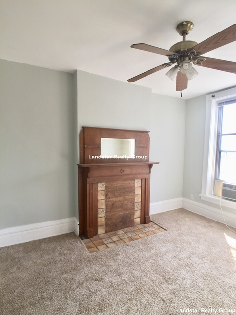 3 Bedrooms, Wrightwood Rental in Chicago, IL for $2,350 - Photo 2