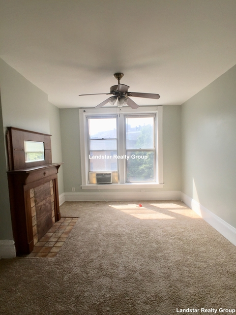 3 Bedrooms, Wrightwood Rental in Chicago, IL for $2,350 - Photo 1