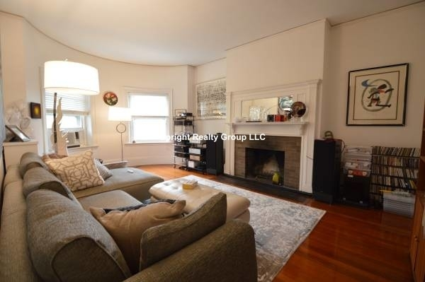 2 Bedrooms, Washington Square Rental in Boston, MA for $3,300 - Photo 2