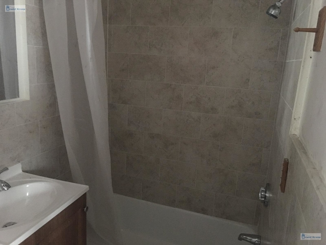 2 Bedrooms, Winter Hill Rental in Boston, MA for $2,050 - Photo 2