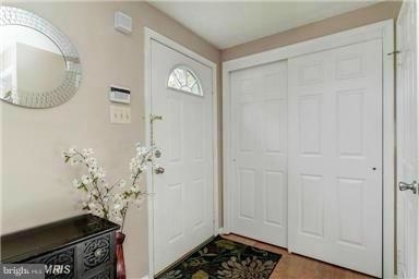 3 Bedrooms, Gaithersburg Rental in Washington, DC for $2,000 - Photo 2