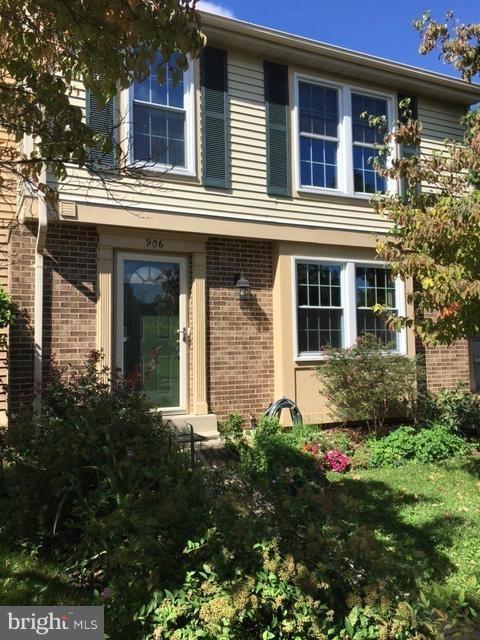 3 Bedrooms, Gaithersburg Rental in Washington, DC for $2,000 - Photo 1