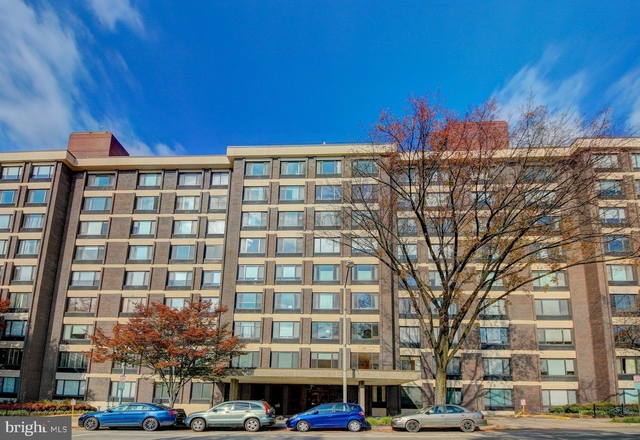 1 Bedroom, Woodley Park Rental in Washington, DC for $1,950 - Photo 1