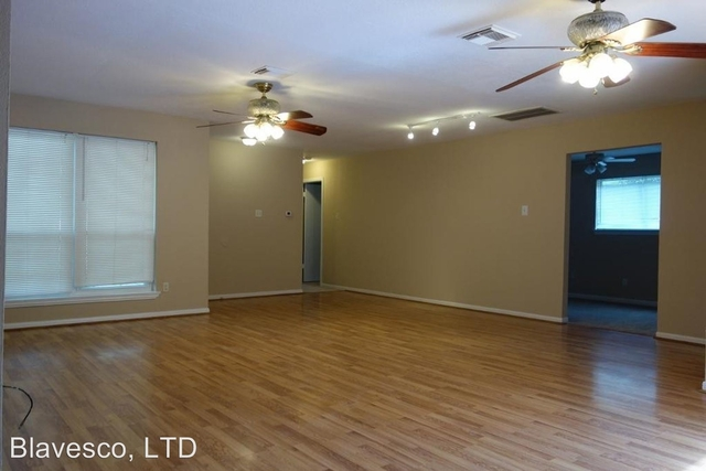 4 Bedrooms, Timber Lakes Rental in Houston for $1,575 - Photo 2