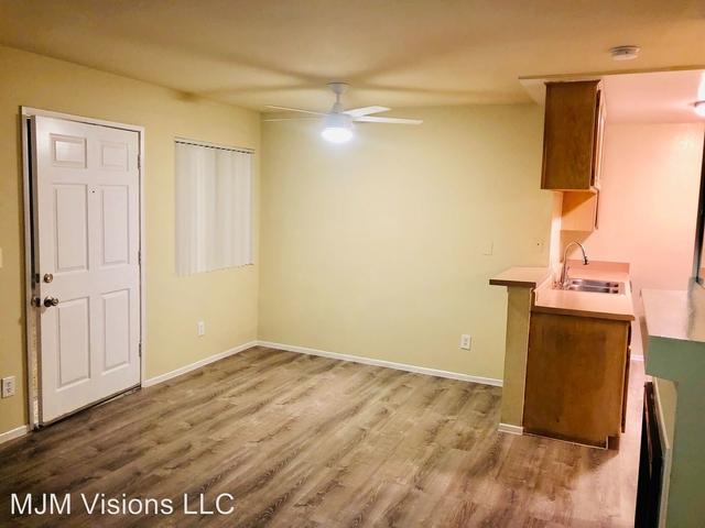 2 Bedrooms, Van Nuys Rental in Los Angeles, CA for $1,925 - Photo 1